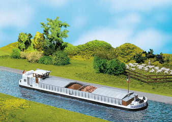 FALLER 131006 River cargo boat with dwelling cabin (HO)