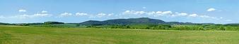 FALLER 180505 Summer in the Highlands Model background (HO)