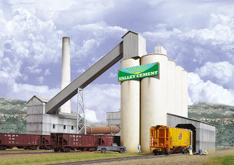 WALTHERS 533098 Valley Cement Plant (HO)