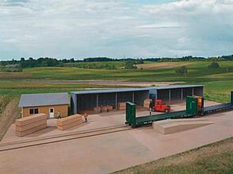 WALTHERS 534206 modern lumber transload (HO)