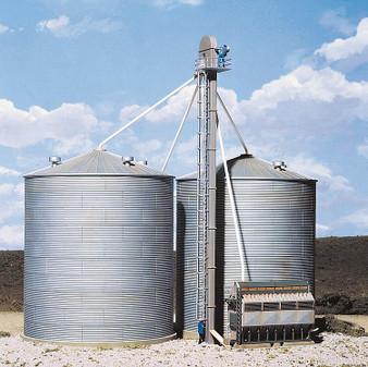 WALTHERS 533124 Grain conveyor (HO)