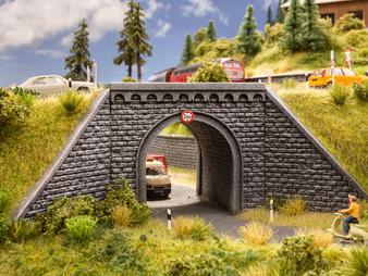 NOCH 58292 Underpass (HO)