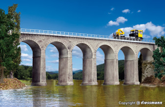 KIBRI 39724 Aachtal-viaduct with ice breaking pillars, single track (HO)