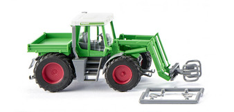 WIKING 038003 Fendt Xylon with bale grab (HO)