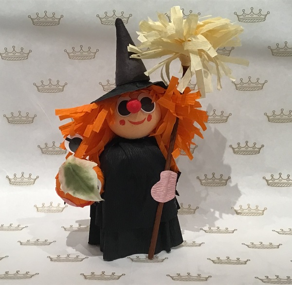 Witch with 2 truffles