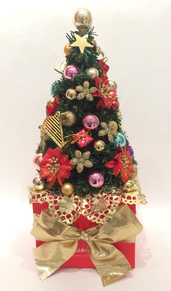 Christmas Tree with 27 truffles