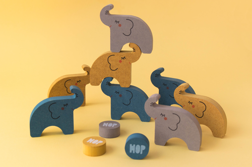 Alehop! Balancing Game Elephants