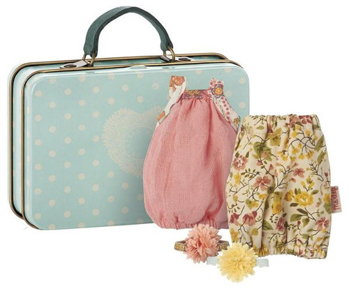 Mouse Suitcase w/ 2 sets Clothes