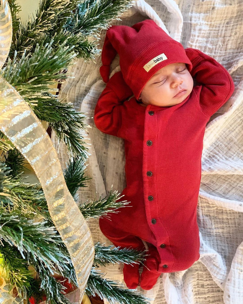 Organic Thermal Jumpsuit in Cherry, Lifestyle @Ibaas