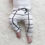 Organic Drawstring Leggings in Hopscotch, Lifestyle