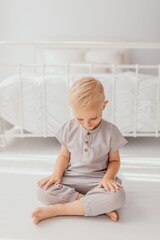 Organic Muslin Tee in Cloud, Lifestyle