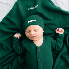 Organic Thermal Cute Cap in Emerald, Lifestyle
