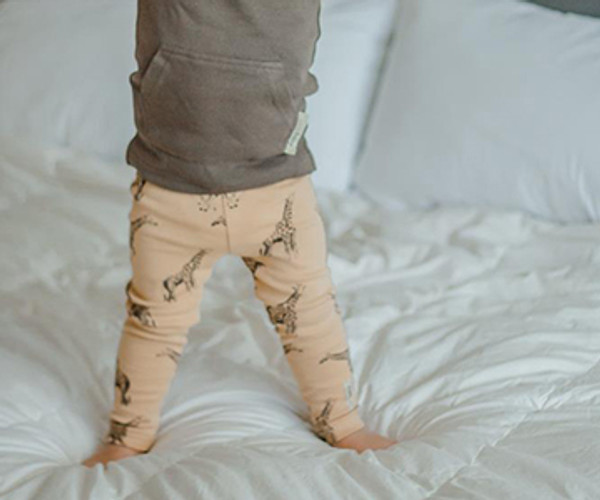 Organic Leggings in Honey Giraffe, Lifestyle