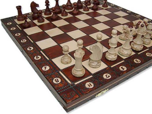 Senator Chess Set