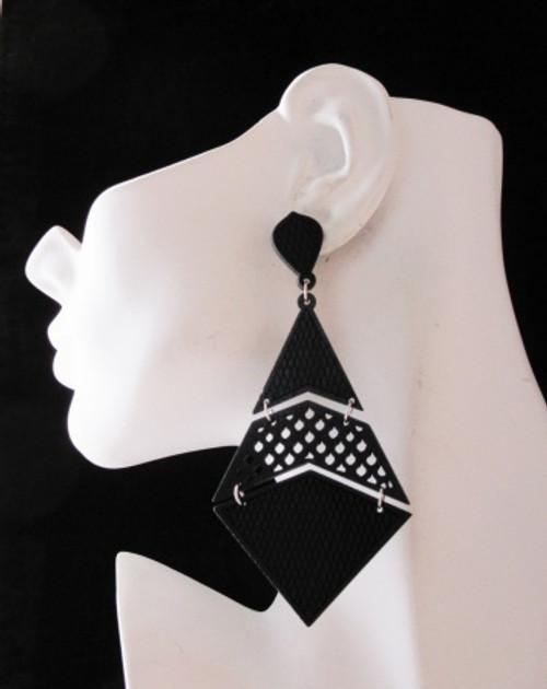 Wood Earrings-24006