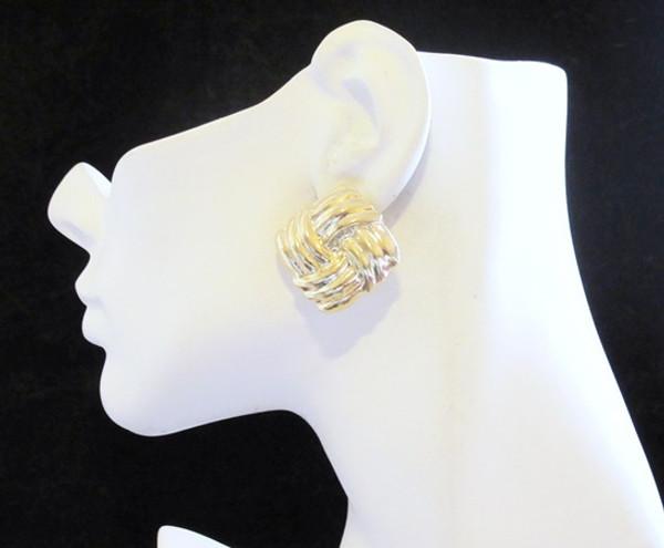 Button Earrings-11956