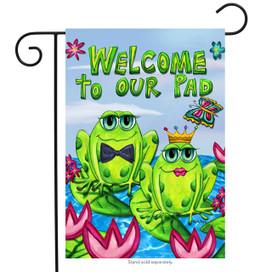 Frog Couple Welcome Summer Garden Flag