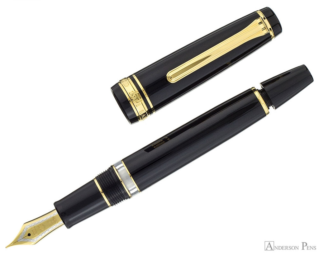 Sailor Pro Gear Realo Fountain Pen - Black with Gold Trim