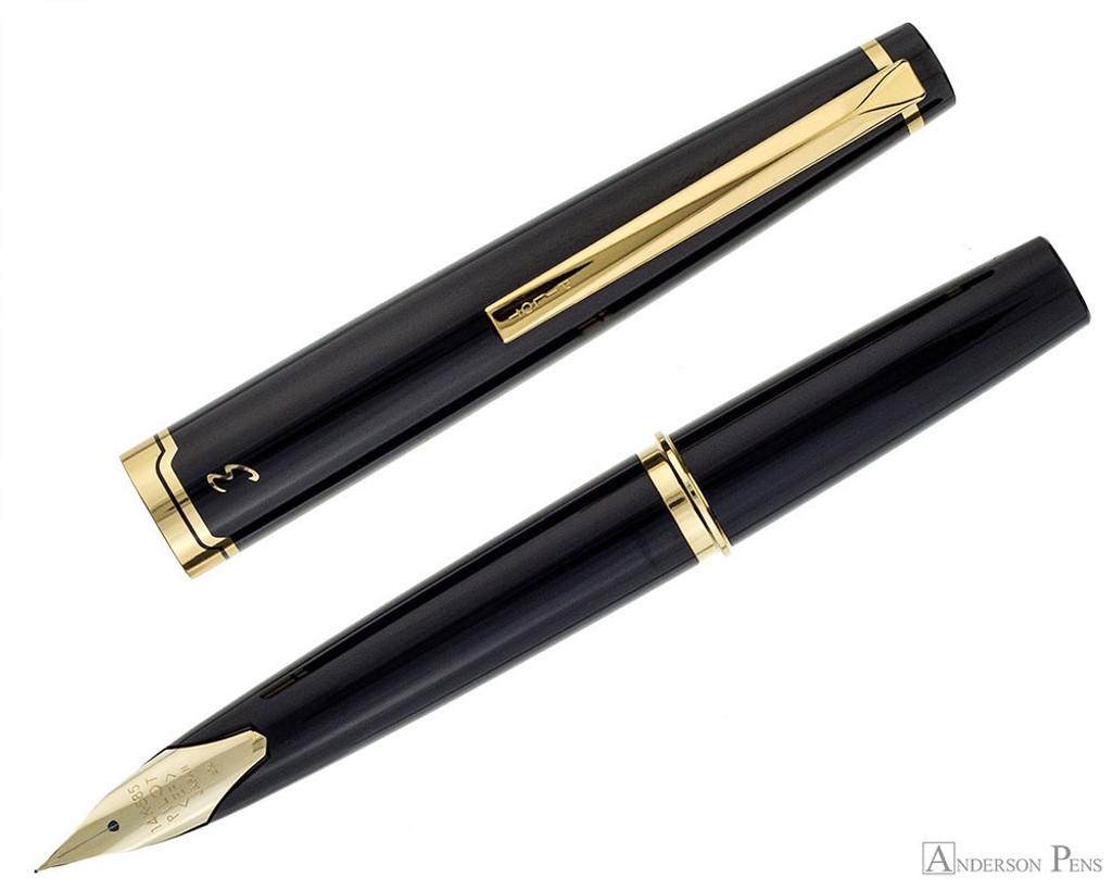 Pilot E95S Fountain Pen - Black - Open