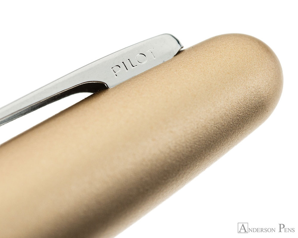 Pilot Metropolitan Fountain Pen - Gold Plain - Clip