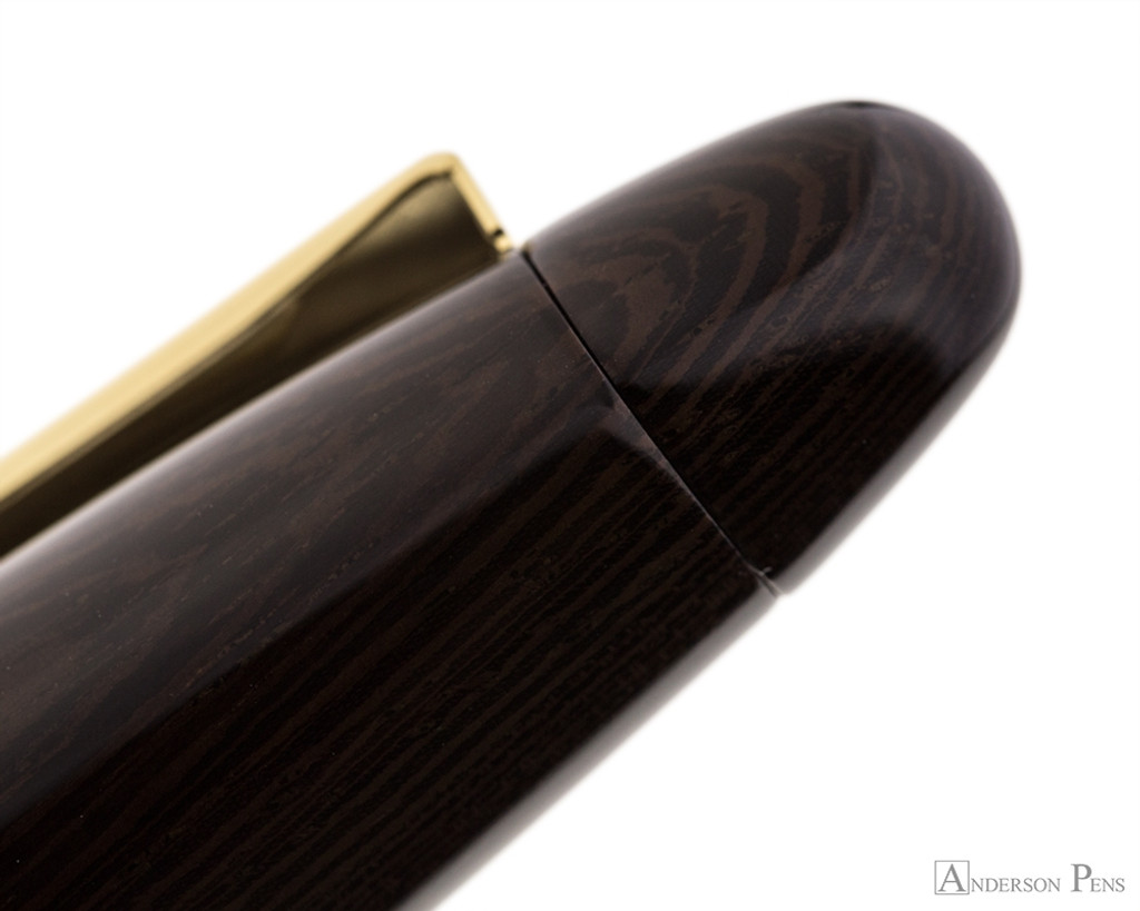 Platinum Izumo Fountain Pen - Bombay Black Wood Tagayasan Gloss - Pattern 1