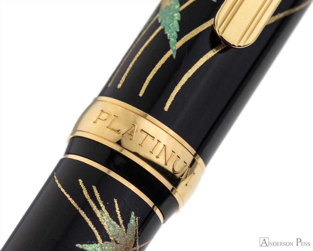 Platinum Classic Maki-e Kanazawa Leaf Fountain Pen - Autumn Leaves - Pattern
