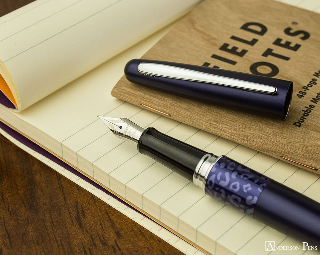 Pilot Metropolitan Fountain Pen - Leopard - Nib on Notebook
