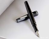 Esterbrook Camden Fountain Pen - Graphite Black - Beauty 2