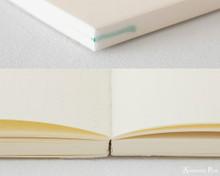 Midori MD Notebook A5 - Dot Grid - Binding