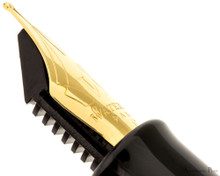 Waterman Hemisphere Black with Gold Trim FP - Nib Profile