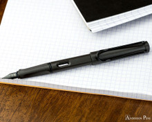 Lamy Safari Fountain Pen - Charcoal - Posted on Notebook