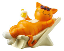 Mila Figure - Ginger cat at the beach - 18 cm - Polyresin