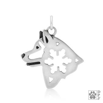 Alaskan Malamute pendant, Alaskan malamute with snowflake pendant, Alaskan Malamute head pendant, Malamute necklace