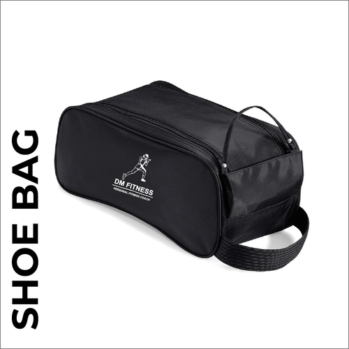 DM-Fitness  black boot bag with embroidered club logo.
