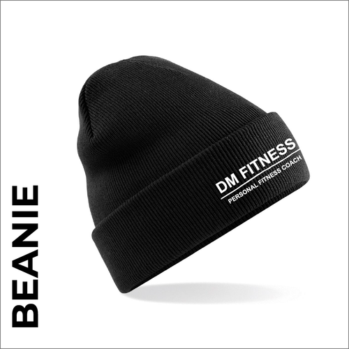 DM-Fitness beanie, black with embroidered club logo on the front.