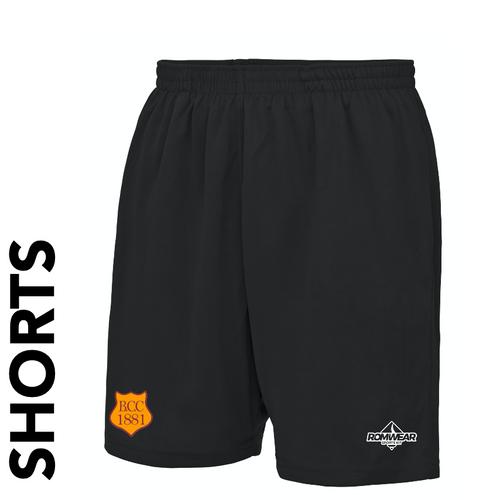 Bilton CC cricket shorts with club badge