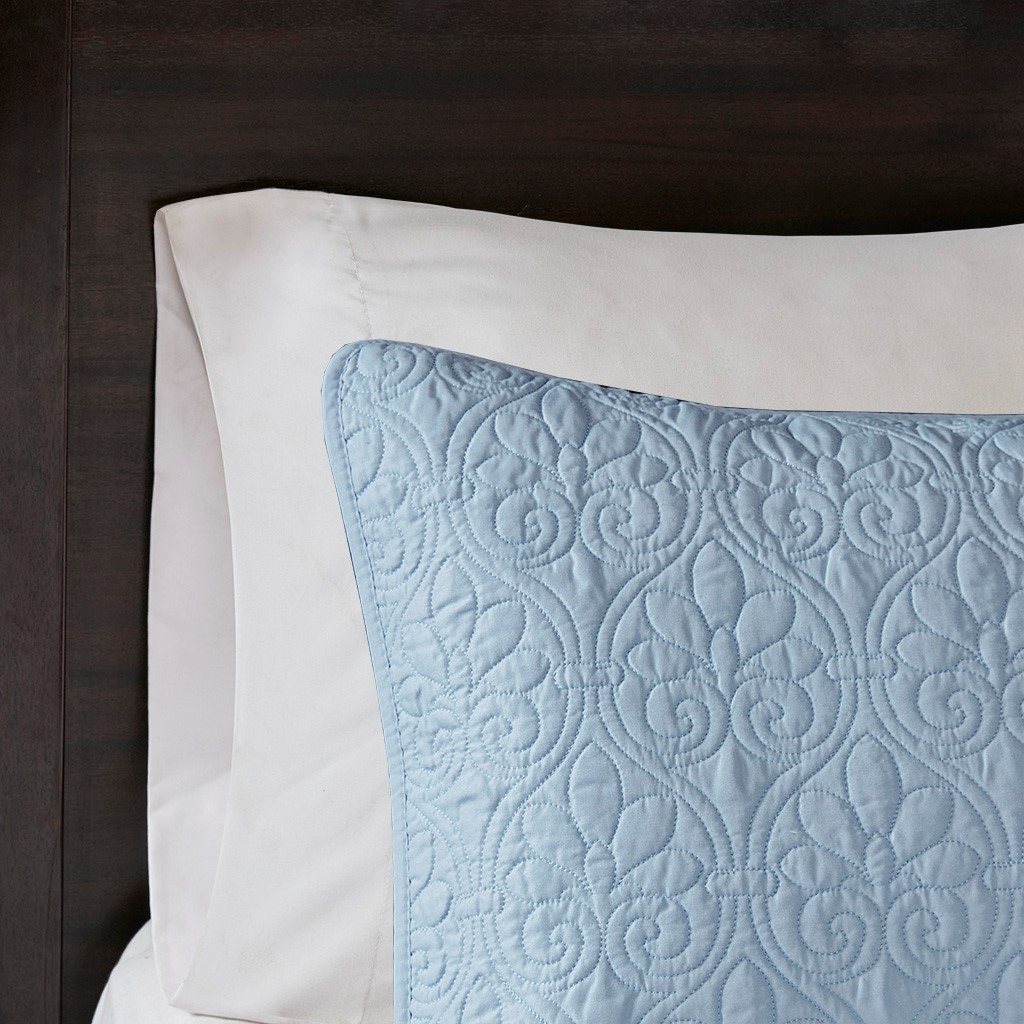 Hudson Bay Blue Quilted Coverlet Queen Size Set sham close up
