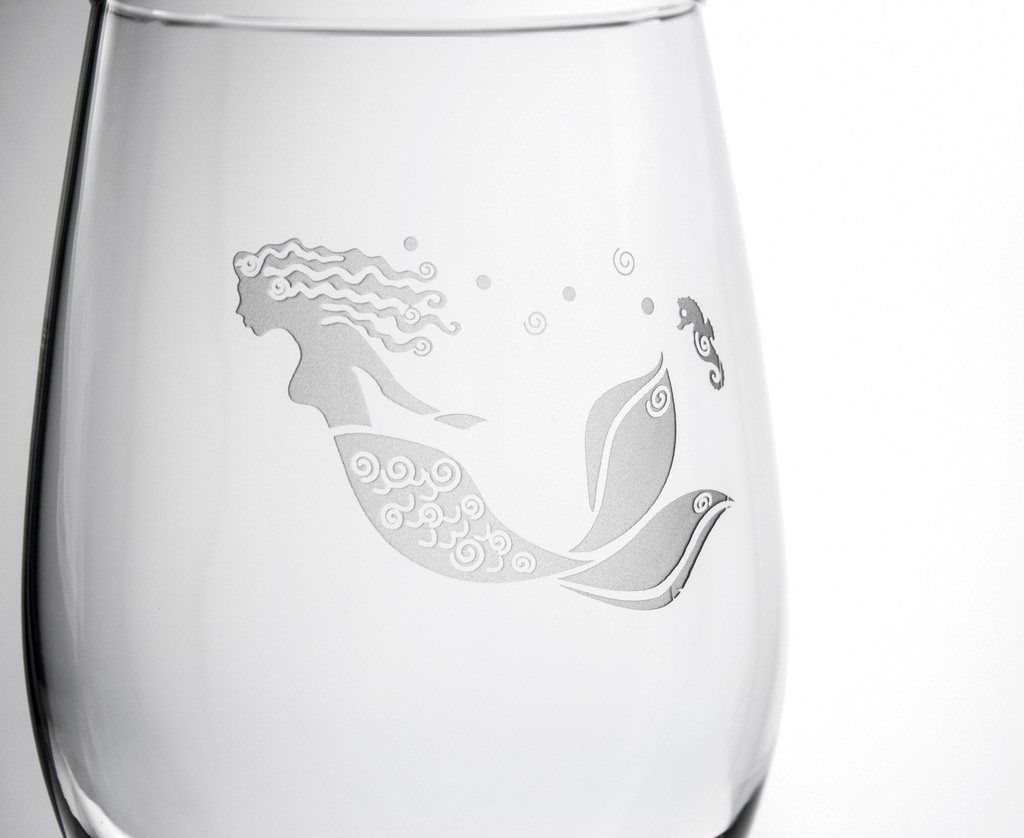 Mermaid Etched Large Wine Glasses - Set of 4 close up detail