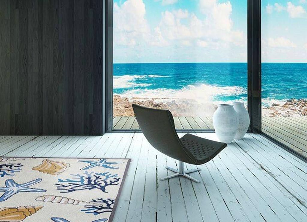 Ivory Seashore Hooked Rug room image