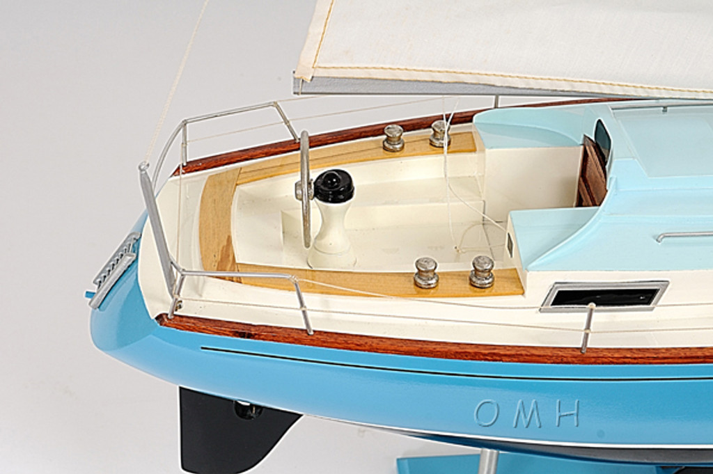Bristol 35.5 Sailing Model inside cockpit