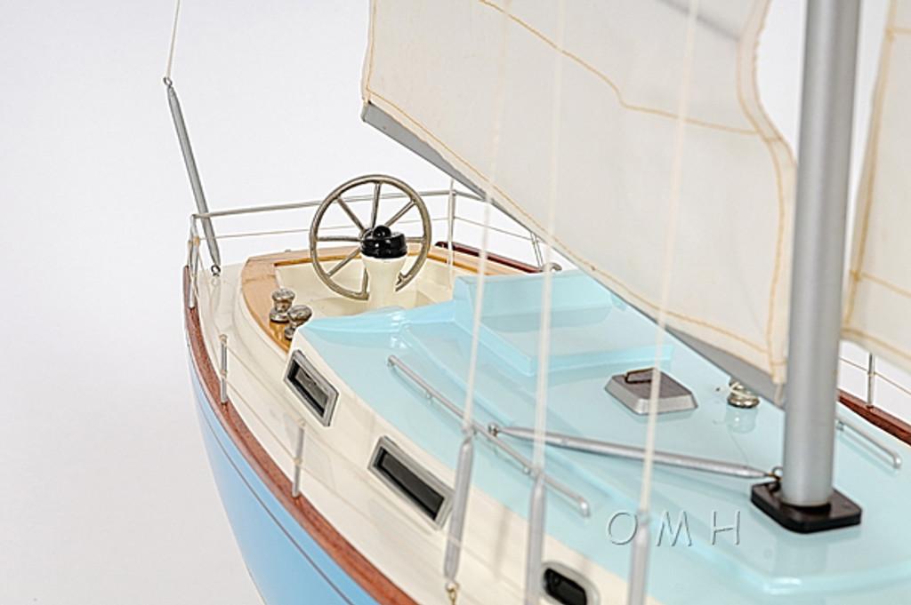 Bristol 35.5 Sailing Model cockpit detail