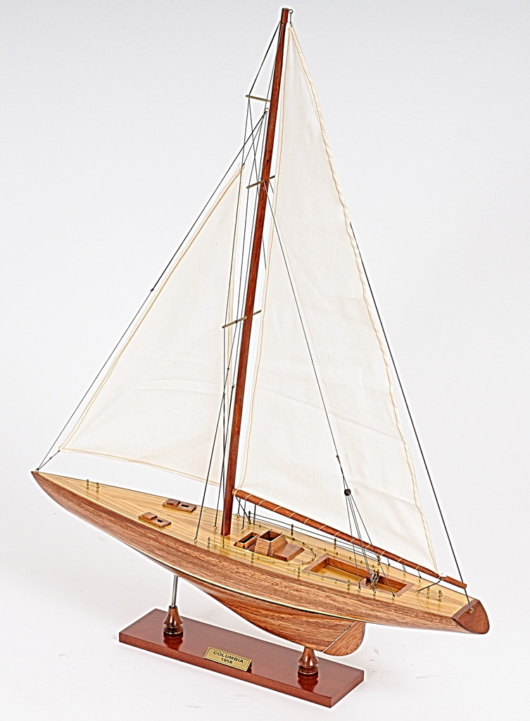 Columbia Yacht Small Model view 3