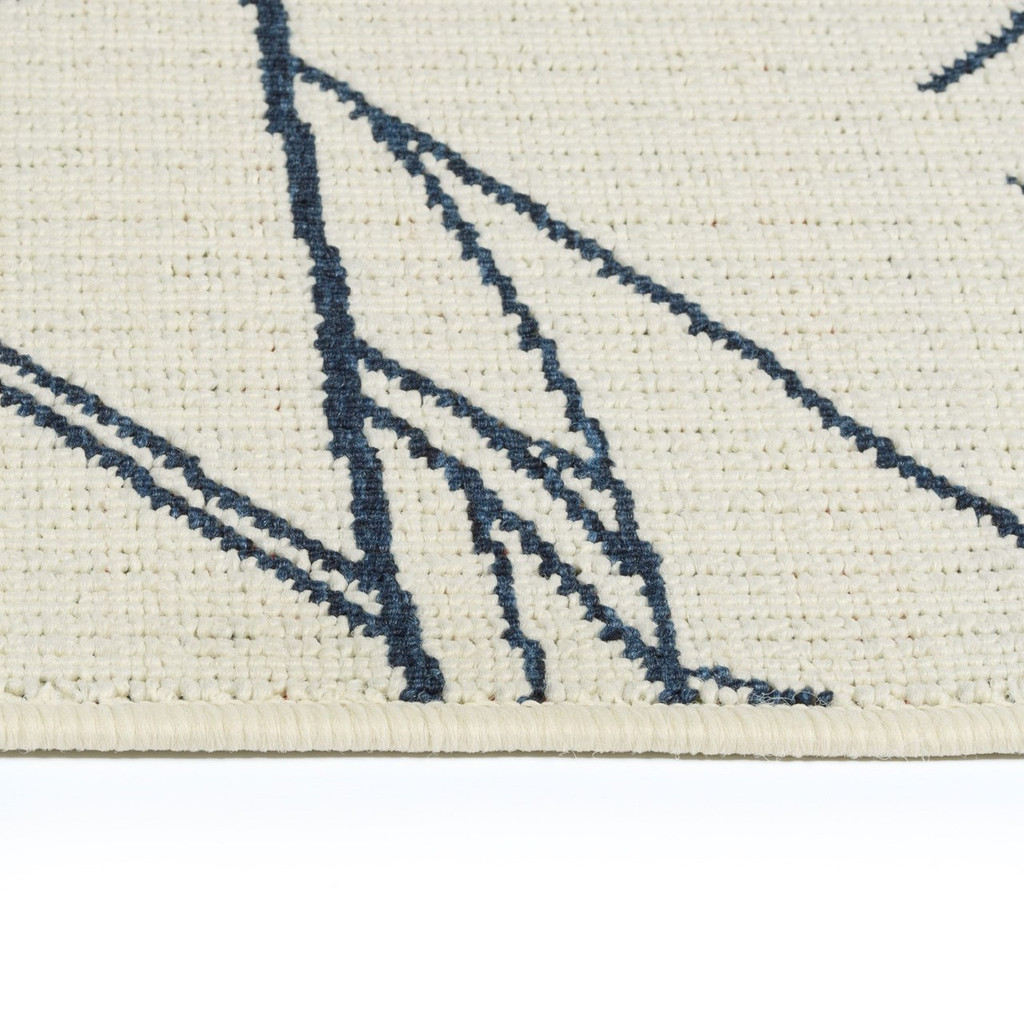 Sail Away Ivory Indoor-Outdoor Area Rug close up