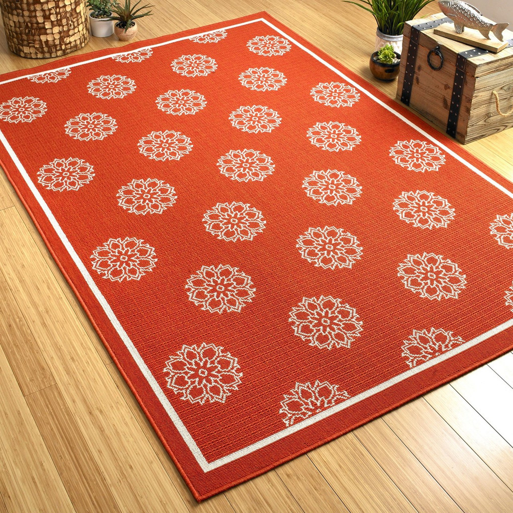 Tangerine Medallion Indoor-Outdoor Rug floor image
