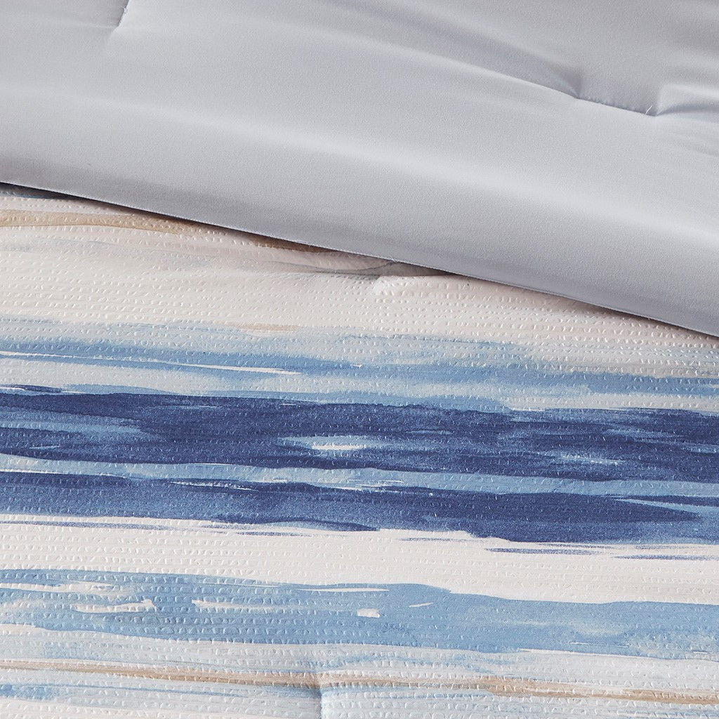 Marina Sea 8-Piece Comforter and Coverlet Collection close up
