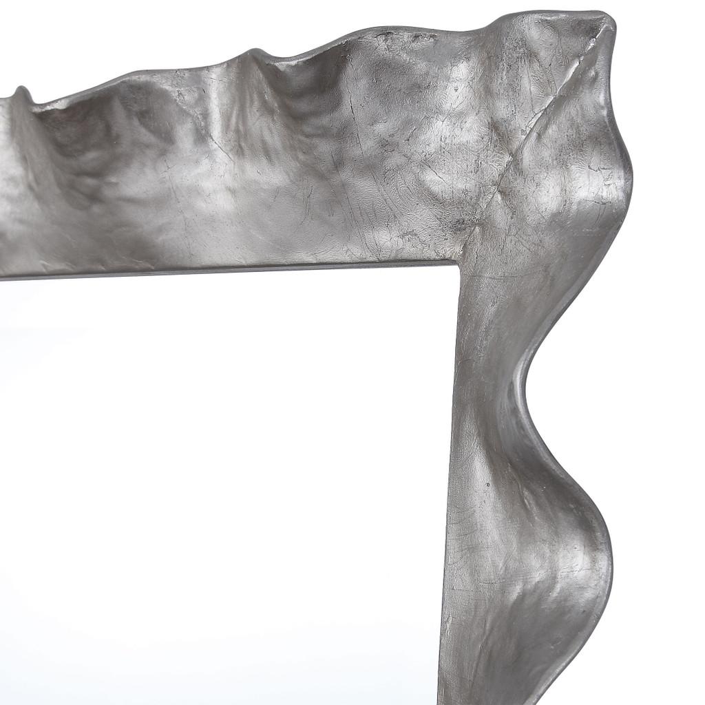 Haya Silvered Scallop Mirror close up edge