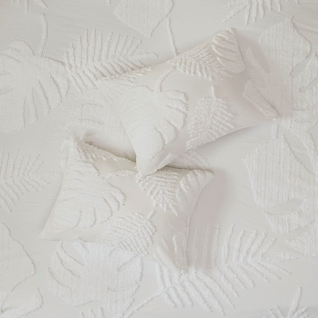 Bahama Palms Tufted Chenille Queen Coverlet Set close up