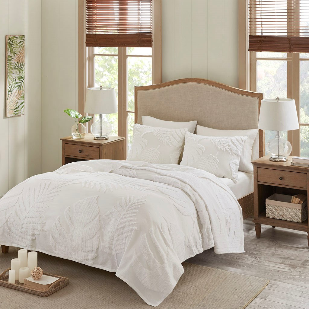 Bahama Palms Tufted Chenille  Coverlet Set room 2