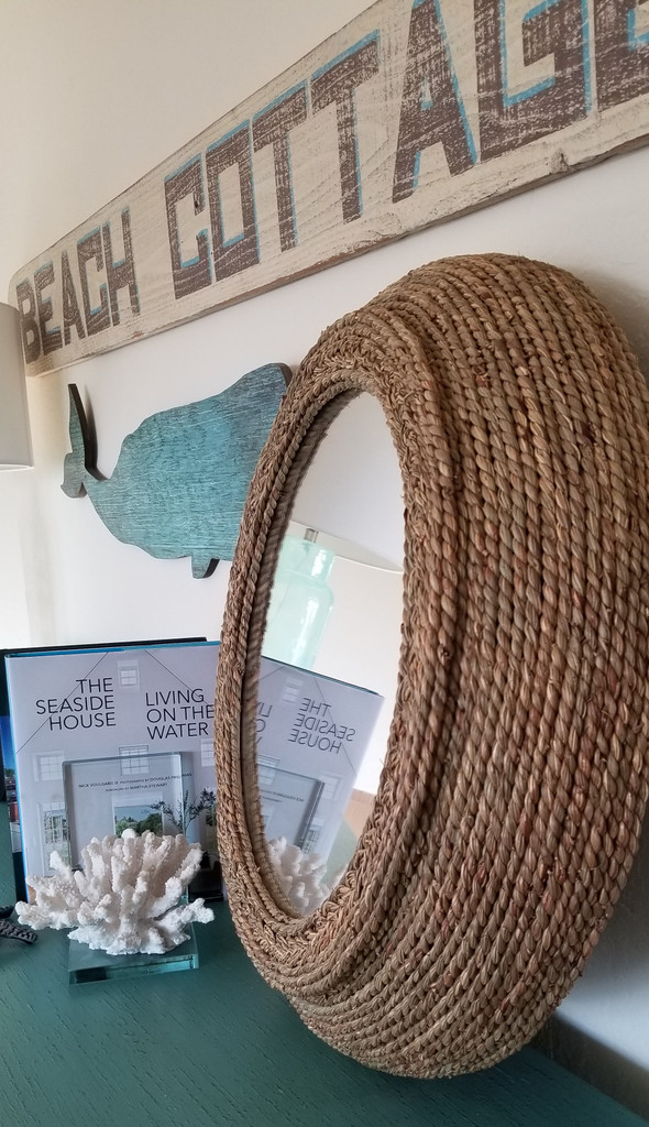 Seagrass Braided Mirror side view
