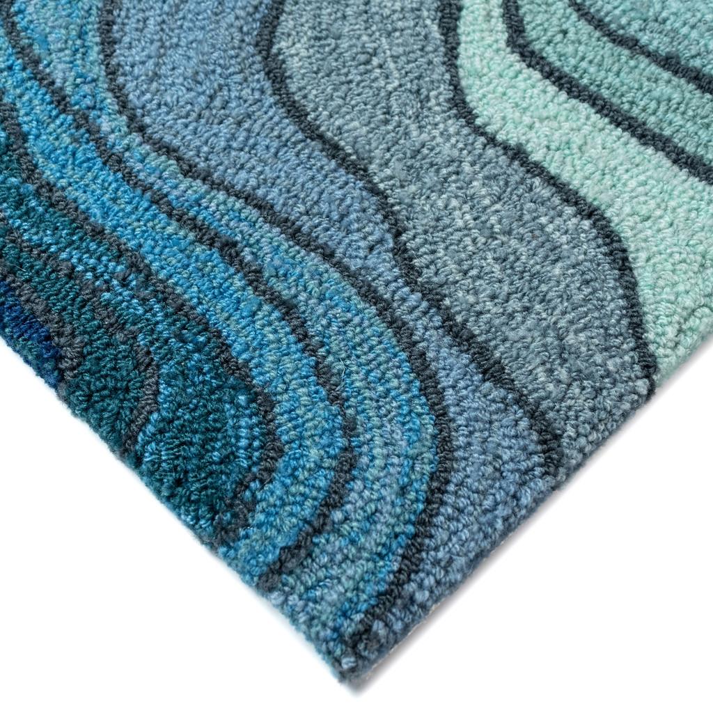 Blue Tide Water Indoor-Outdoor Area Rug close up corner